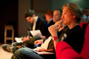 10 دلیل برای اینکه وبسایت نمونه کار خود را بسازید